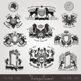 placez les labels héraldiques de silhouette de vintage avec le modèle et les animaux Photo libre de droits