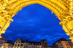 Placez Notre Dame vue de la cathédrale de notre Madame d'Amiens Photo stock