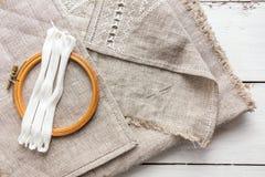 Placez pour la broderie avec la couleur de blanc de fil Images stock