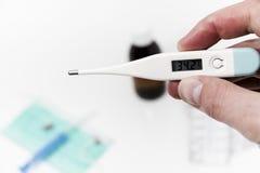 Placez pour le traitement de grippe - concept de santé et de médecine Images libres de droits