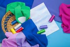 Placez pour le travail manuel des tissus, fils photographie stock