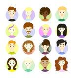 Placez 16 visages des personnes différentes d'images de dessin de dessin à main levée de vecteur Images stock