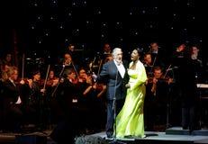Placido Domingo & l'azzurro di angelo effettua alla Bahrain Fotografia Stock