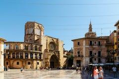 Placu De Los angeles Virgen Katedra kwadrat w Walencja Zdjęcie Stock