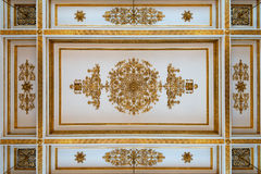 Plafond antique et baroque photographie stock