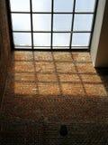 Plafond avec la fenêtre Photo stock