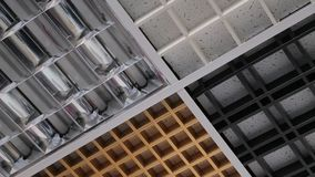 Plafond in bedrijfsbureau stock footage