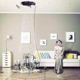 Plafond cassé dans la chambre Image libre de droits