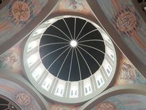 Plafond d'une cathédrale images libres de droits