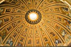 Plafond de Basilica di San Pietro Images stock