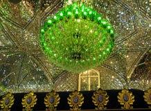 Plafond de mosaïque de miroir de mosquée de Shah Cheragh, Shiraz Iran Photographie stock