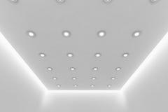 Plafond de pièce blanche vide avec de petites lampes rondes de plafond Photos libres de droits