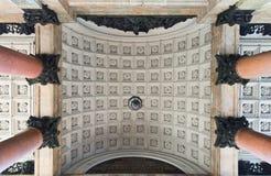 Porche de la cathédrale de St Isaac Photos stock