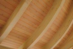 Plafond en bois incurvé images libres de droits