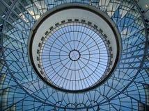 Plafond en verre bleu photo libre de droits