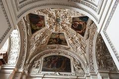 Plafond in oude antieke kerk #2 stock afbeelding