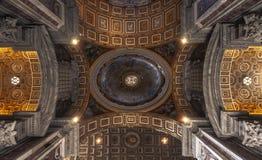 Plafond van de Heilige Peter Basilica, Vatikaan, Rome Stock Fotografie