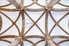 Plafond van de Misericordia-kerk met een mening van de geschilderde Toscaanse kolommen Royalty-vrije Stock Fotografie