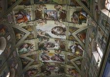 Plafond van de Sistine-kapel in het Vatikaan stock fotografie