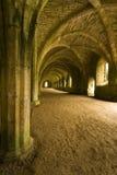Plafonds sautés dans l'abbaye de fontaines dans Yorks du nord photographie stock