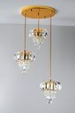Plafoniera di cristallo dorata, lampada di pendente, illuminazione di cristallo di Œceiling del ¼ del chandelierï, illuminazione  Fotografie Stock