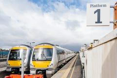 Plaform поезда Emptu британцев в Великобритании Стоковое Изображение RF