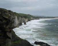 Plage à la côte irlandaise Image libre de droits