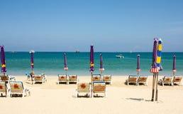 Plage à la plage de Patong Phuket, Thaïlande Photographie stock libre de droits
