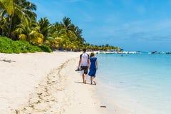 Plage à le Morne Brabant, Îles Maurice Image stock