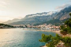 Plage adriatique au coucher du soleil Makarska Croatie Photographie stock