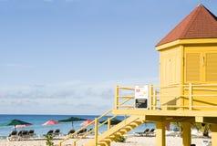 plage Barbade de gare de maître nageur Image libre de droits