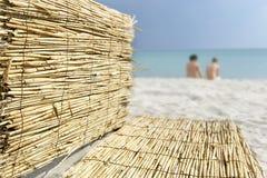 Plage blanche de sable Photos stock