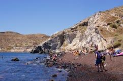 Plage blanche sur l'île de Santorini, Grèce Photographie stock libre de droits