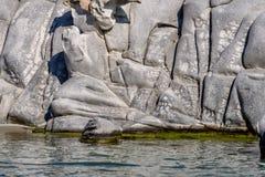 Plage célèbre de Kolimbitres et grandes pierres dans Paros, Grèce photographie stock
