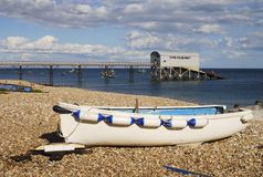 Plage chez Selsey. Le Sussex occidental. LE R-U Photographie stock