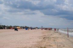 Plage d'Achuyevo sur le rivage de la mer d'Azov photo libre de droits