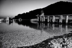 Plage d'Agnontas et baie, Skopelos, Grèce photos stock
