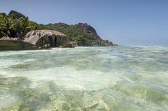 Plage d'Argent de source d'Anse, île de Digue de La, Seychelles Photo libre de droits