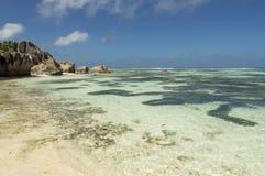 Plage d'Argent de source d'Anse, île de Digue de La, Seychelles Photographie stock libre de droits