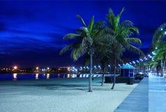 Plage d'Arrecife au crépuscule Photographie stock libre de droits
