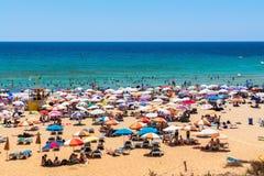 Plage d'or de baie à Malte Image libre de droits