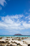 Plage d'indicateur de Corralejo Image stock