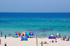 Plage d'Umbrella'st Cottesloe de plage Photo libre de droits