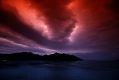 Plage dans le lever de soleil Image stock