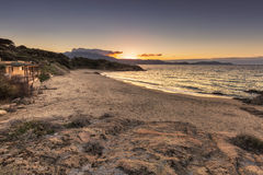 Plage de在卡尔维附近的Petra Muna在可西嘉岛 免版税图库摄影