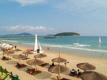 Plage de baie de Yalong à l'île de Hainan photographie stock
