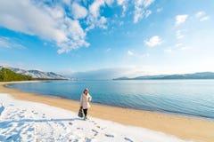 Plage de banc de sable d'Amanohashidate dans le matin d'hiver Images stock