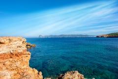 Plage de Bassa sur l'île d'Ibiza, Îles Baléares image libre de droits