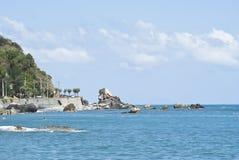 Plage de Brolo, Messine, Sicile Image libre de droits