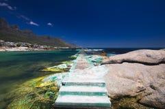 Plage de compartiment de camps, Capetown. l'Afrique du Sud Photographie stock